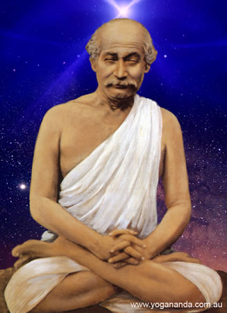 photo courtesy : http://www.yogananda.com.au/galleries/gurus/Mahasaya01cos.jpg
